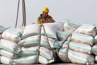 中国将对进口美国大豆加征25%关税