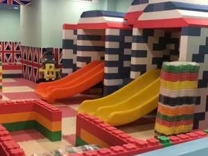 幼儿园户外滑梯,海洋球球池价格,室外淘气堡制造厂,商场淘气堡