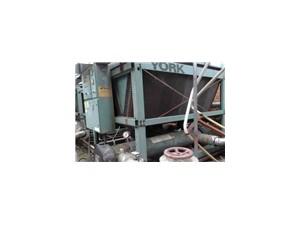 上海专业回收制冷机组 ,二手中央空调回收,回收冷冻机