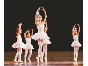 芭蕾形体启蒙班