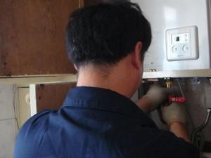 郑州美的热水器售后维修联系电话多少