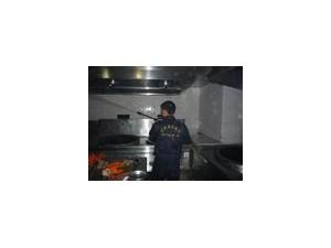 崇州 大邑 新津抽油烟机 油烟管道 油烟净化器专业清洗