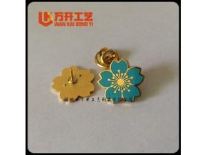 金属徽章订购、小品选择订制、深圳胸针制作厂