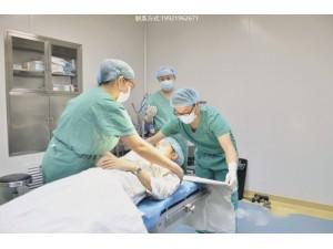 整形外科医生收入如何?怎样成为整形外科医生?