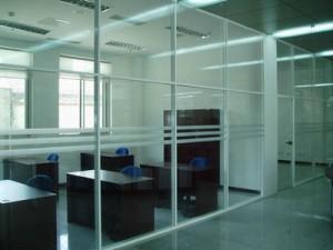 办公室玻璃隔断安装 西北旺安装玻璃隔断墙公司