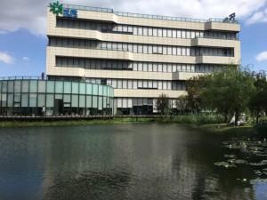 《出租》浦江智谷商务园,企业总部基地,带隔断和空调装修豪华