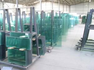 北京大兴区安装钢化玻璃加工厂