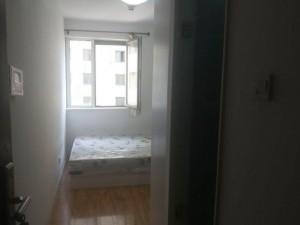 紧邻地铁交通生活方便 整租的开间 找房的您抓紧啦 直租!