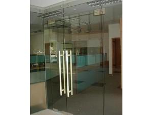 北京丰台区安装玻璃门总部基地附近安装玻璃门