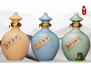 河北螺旋陶瓷储酒器1斤厂家直销 唐山陶瓷酒瓶加字定做