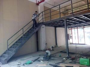 北京钢结构阁楼楼梯制作混泥土浇筑阁楼楼梯楼板制作