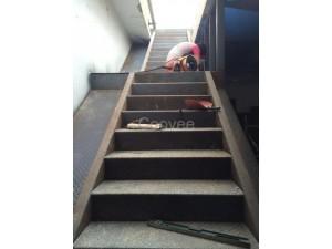 廊坊制作室内外楼梯整体钢结构楼梯钢结构外跨楼梯等钢结构工程