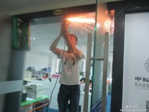 上海玻璃门锁维修安装 杨浦长阳路自动门维修