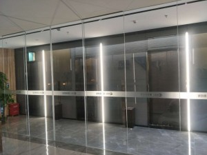 山东 高性能自动感应 防夹人玻璃自动门 办公室定制