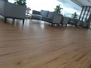PVC胶地板施工,健身运动场铺设安装服务