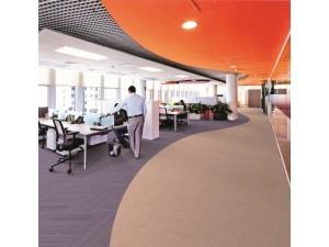 广州市美居建筑装饰公司办公室地毯铺设,弹性地毯安装厂家直供