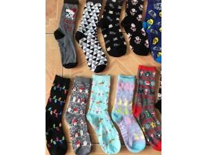河北袜子批发库存基地外贸原单袜子 地摊创业好项目一毛袜业
