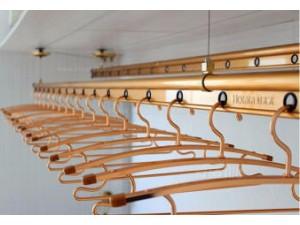 李沧区晾衣架维修,维修晾衣架手摇器,换钢丝