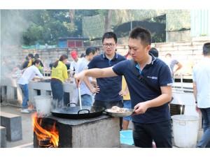 东莞可以做饭的农家乐抓鸡捞鱼柴火做饭
