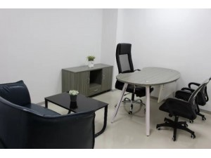 特价办公室!金融街可注册+精装修带家具+网络空调保洁