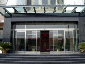北辰区安装定做玻璃门有框无框玻璃门肯德基门款式多样