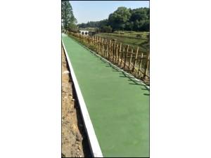 水性聚合物彩浆刮涂薄层防滑路面