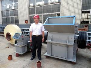 时产50吨小型青石锤破机价格及现场图