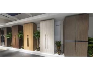 室内极简风衣柜实木平板门定制-不要拉直器做到2.8米太6了