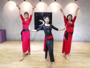 西安成人肚皮舞教练证书培训成年人肚皮舞教练班