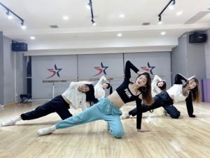 西安爵士舞成品舞培训班
