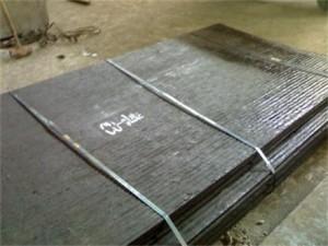 堆焊耐磨板  复合耐磨板 6+4耐磨板了解一下 制作精良