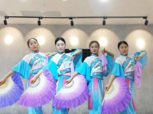 舞蹈是提升气质西安舞星级舞蹈培训