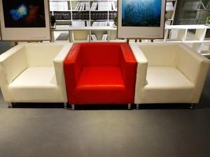 北京世纪九州家具有限公司是一家集展览展示桌椅租赁演出器材租赁