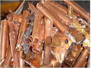 收铜铝不锈钢二手设备电缆电瓶回收及废铁铜铁各种铁回收中心