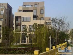 南翔工业区独栋866平方电梯层高4.5米绿证50年出售