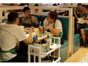 中国餐饮市场规模突破4.6万亿,美蛙鱼头火锅加盟速增!